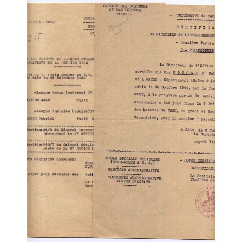 Ensemble de papiers militaires 1921-1954 avec enveloppes