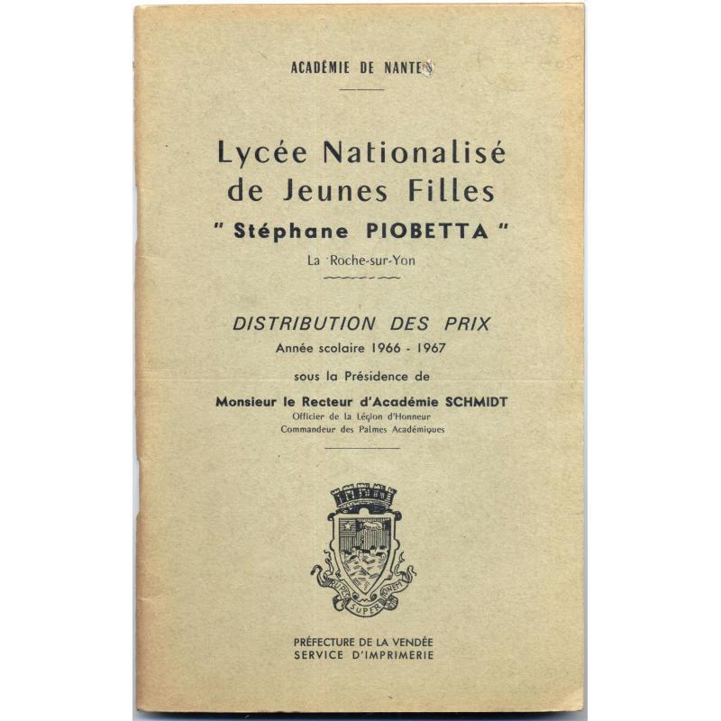 Lycée nationalisé de jeunes filles Stéphane Piobetta 1966