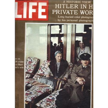 Revue Life 25 mai 1970 Hitler in is private world